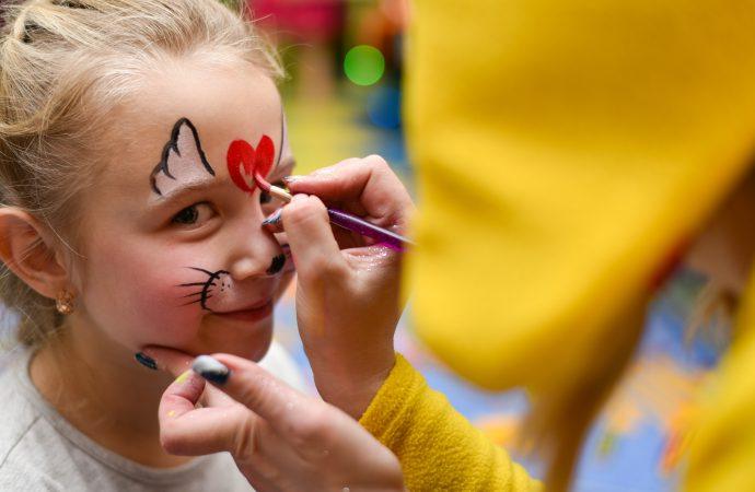 Jak wymyślać skuteczne zabawy dla dzieci?