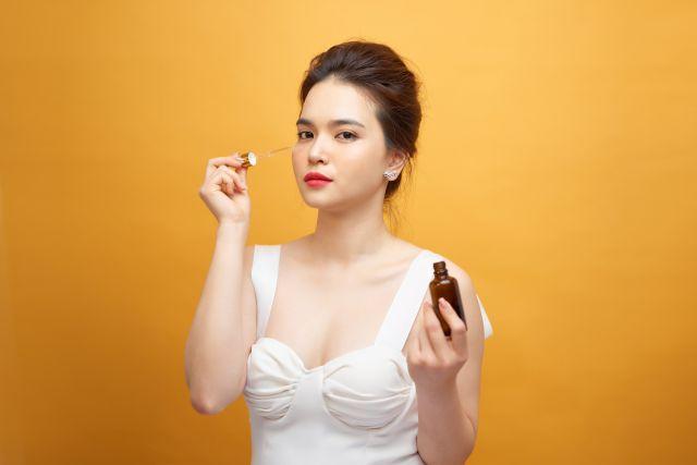 Serum z witaminą C receptą na piękną i młodą skórę