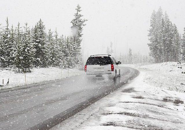 Zimowe akcesoria samochodowe